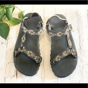 Teva floral storm waterproof sandals